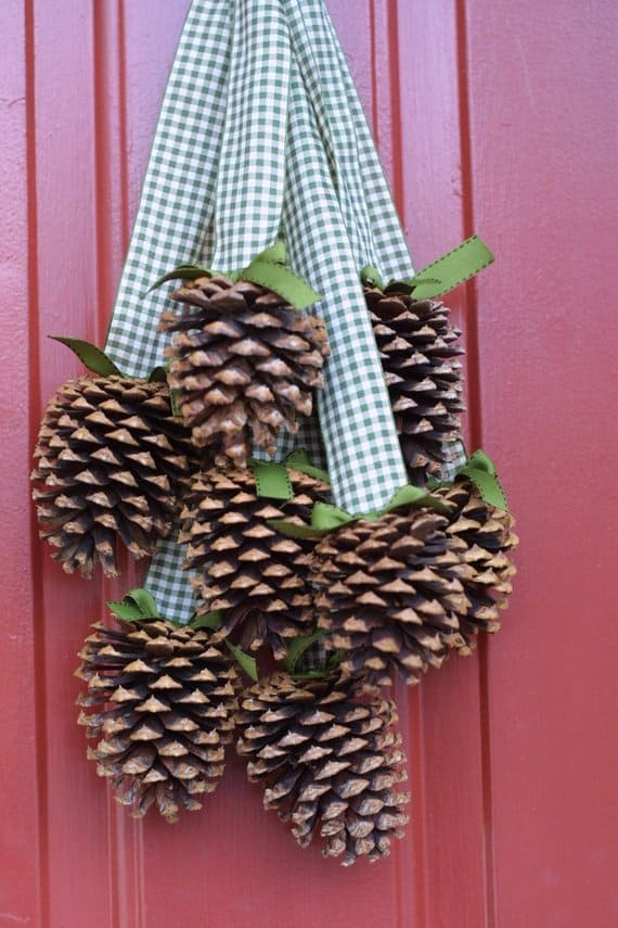 Pine Cone Cluster on Front Door instead of Wreath - Easy Fall Decor