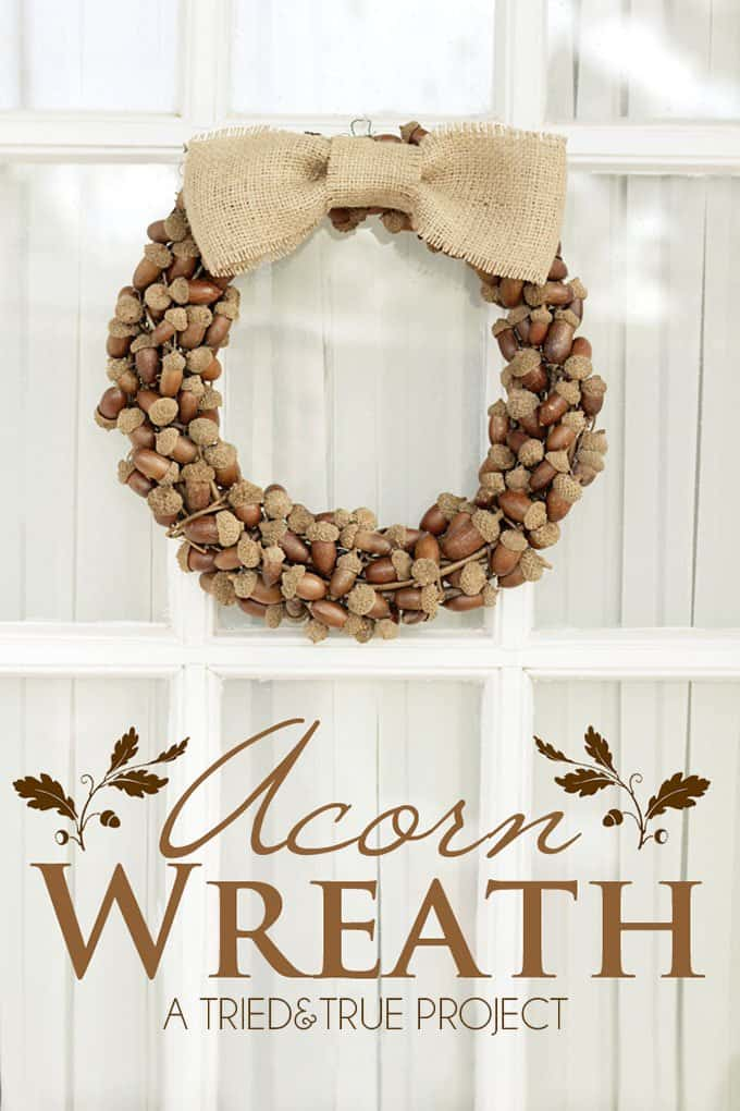 Simple and Stylish Fall Wreath Made of Acorns