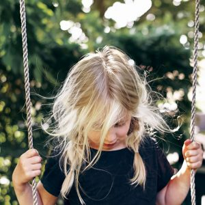 The Secret to Teaching Your Shy Child to Make Friends