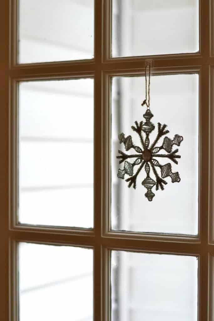 Easy and Affordable Last Minute Christmas Decor: Hang Ornaments from Windows