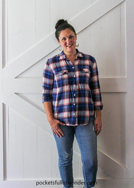Basic Casual Plaid Shirt Outfit with Distressed Jeans